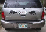 Dog-magnets-on-car.jpg