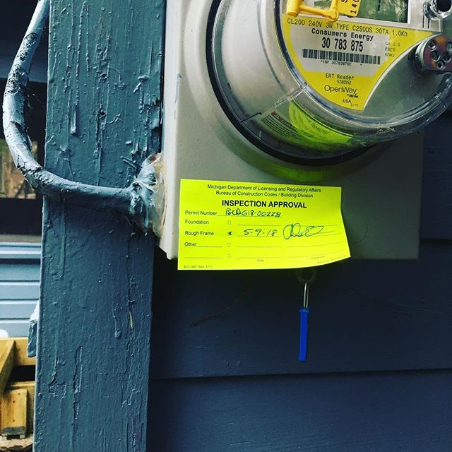 The green sticker fairy showed up last night. #appoved #construction #build #deck #keepcraftalive #onekamamichigan @lucyamcgowan