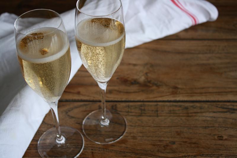 Aux Bulles Soiree Champagner online Gläser Grand Cru klein.jpg