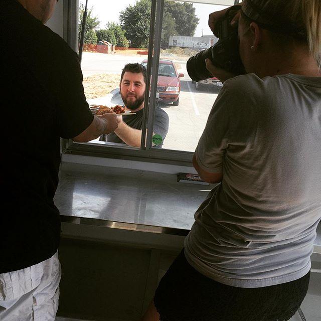 Photo shooting📷😎😆 #ohtheanticipation #dumplingbros #zeraparkinglot @zeracoffeecompany @maerachellephotography