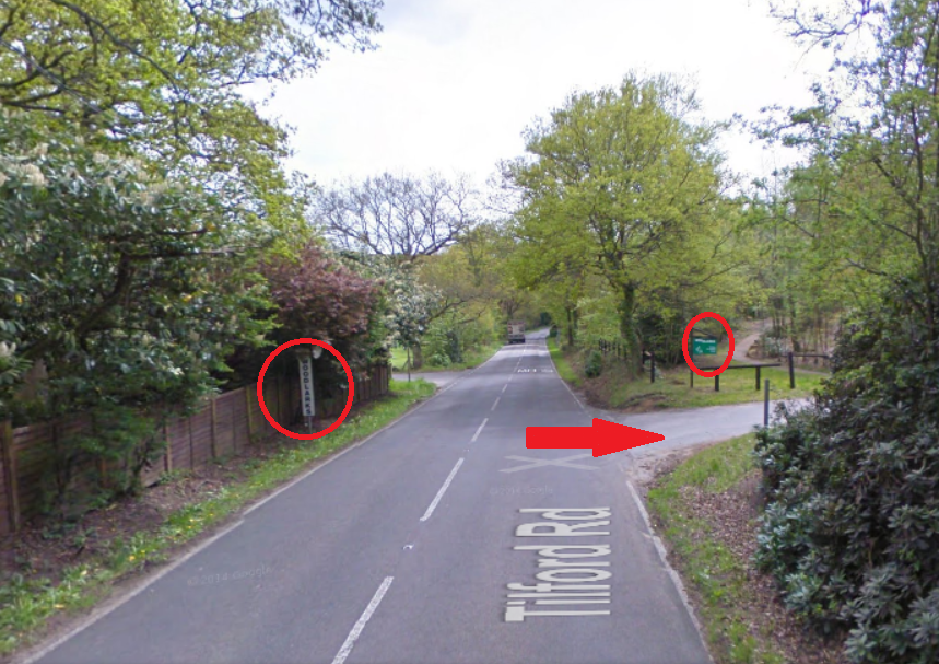 View when approaching from Farnham.  There are two signs, one on either side of the road.