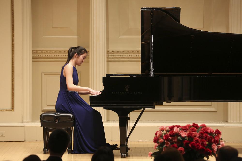 Guest soloist, Lynne Bai