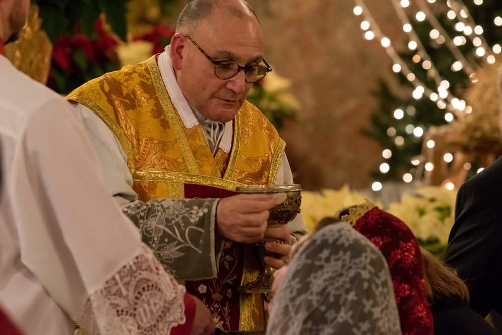 2017 Christmas Eve Latin Mass at St. Anthony of Padua - Courtesy of John Delacruz Photography.
