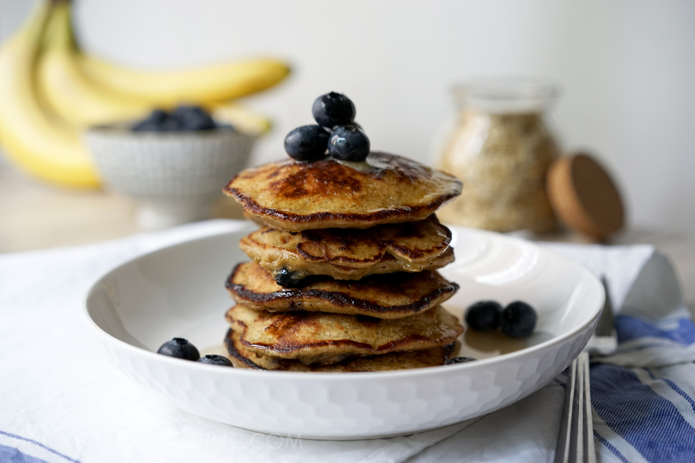 Broke and Cooking Healthy Banana Oat Pancakes 9