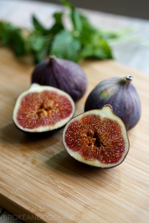 Beautiful, ripe figs!