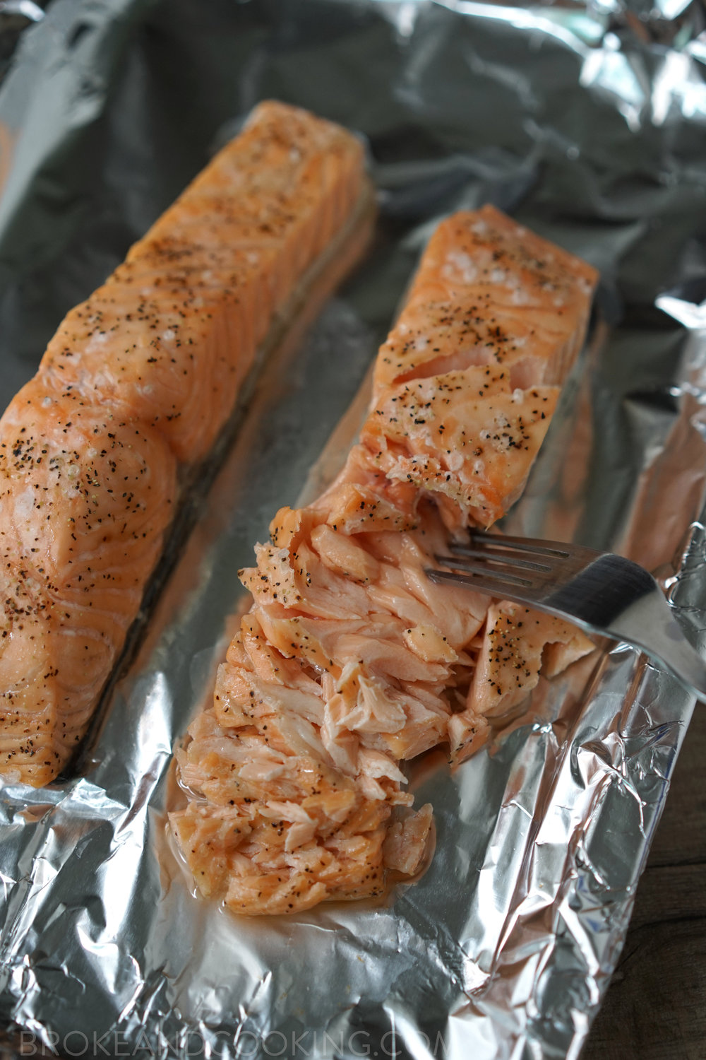 How To Broil The Perfect Salmon - www.brokeandcooking.com