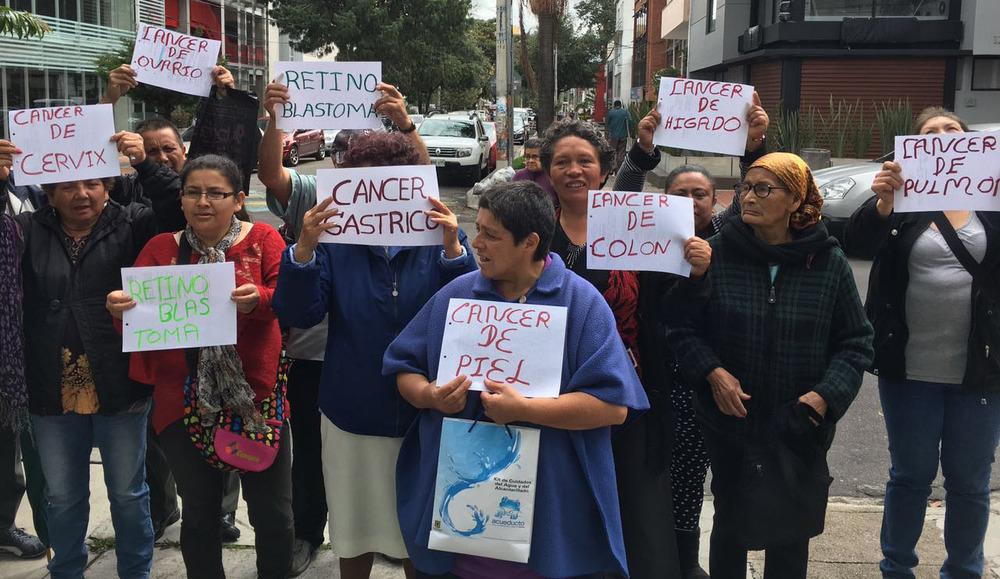 Plantón frente a las oficinas de Capital Salud - Imágenes: Asociación Pacientes Alto Costo