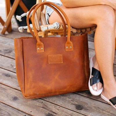 rust-brown-signature-tote-web_grande.jpg