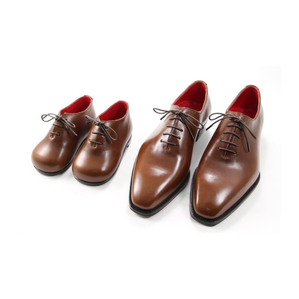 大人靴   ハンドソーンウェルテッド製法(十分仕立て)130,000円  木型作成 30,000円  ベベルドウェスト  半カラス 3,000円  メタルチップ 2,000円