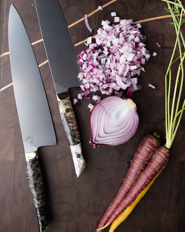 White Turquoise or Onyx for this holiday season.  #AuraOne #auraknifeworks #chefsofinstagram #finecooking #culinaryarts #chefknife #chefsofinstagram #truecooks #California