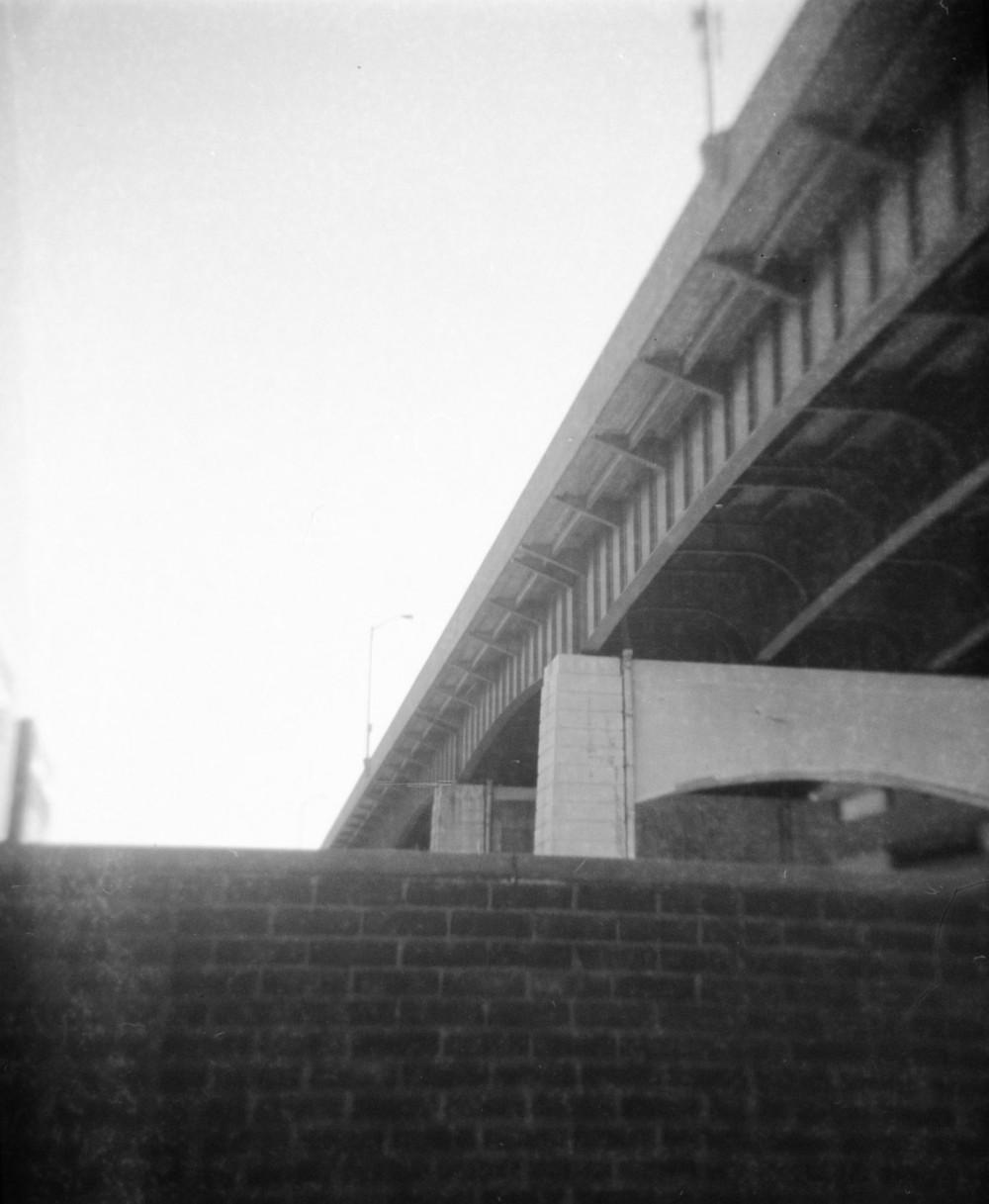 bridge_over_bath_street.jpg