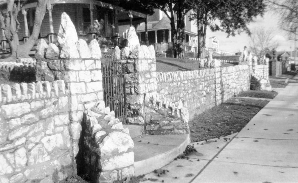stone_walls_york_street.jpg