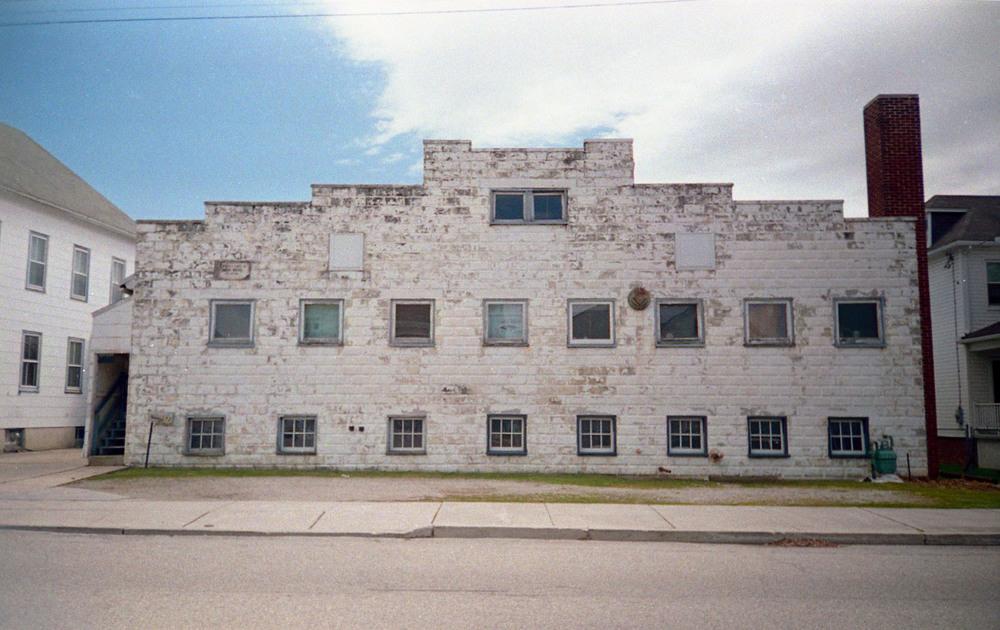 old_building.jpg
