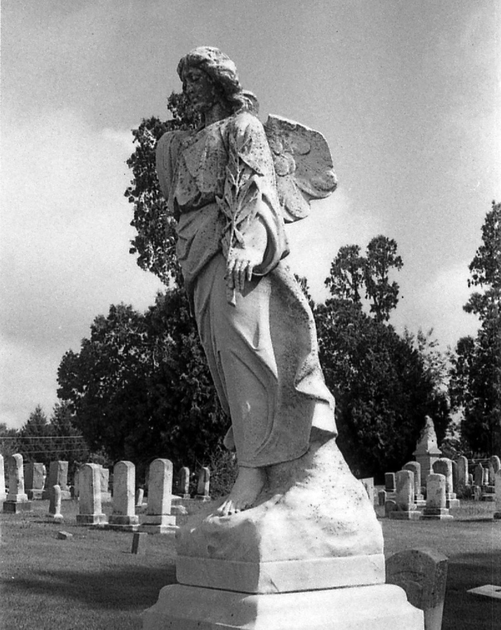 middletown_cemetery_angel.jpg