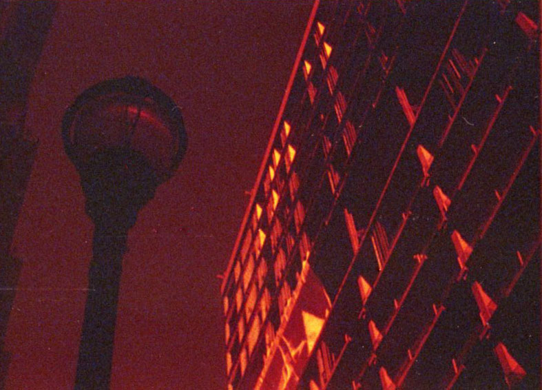 lamppost_31134900191_o.jpg