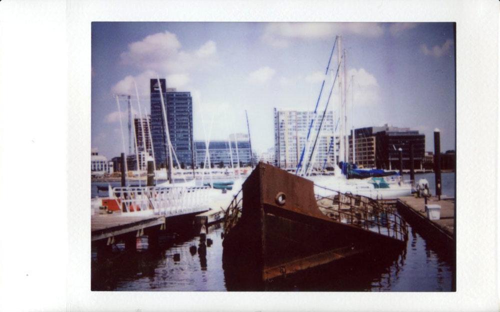 sunken_boat.JPG