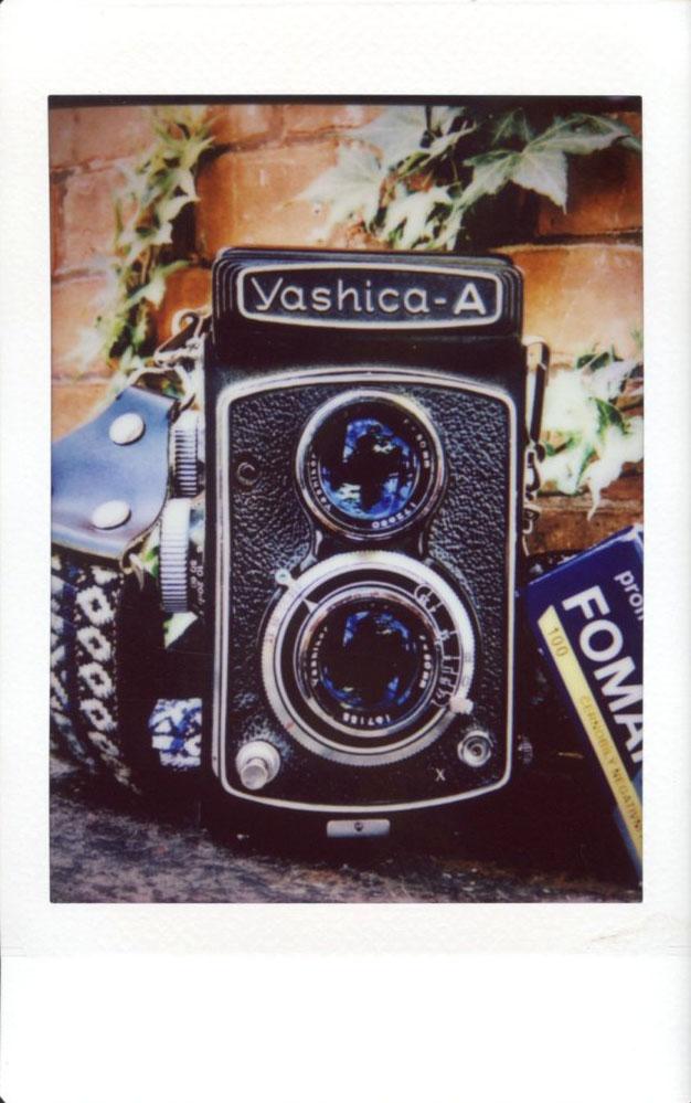 yashica_a.JPG