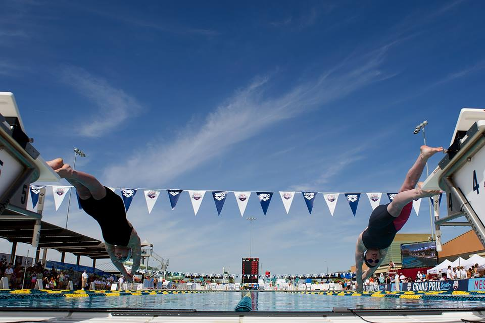 4evertheonlyandthebest :     by USA Swimming     Morning: swim 200m warm up 25m x8 alternating strokes 200m sprint 25m x8 w/kick board 100m cool down  Evening: 14.2 wod 3:00 rounds until you can't complete the round under 3:00 0:00-3:00 10 95lb over head squat 10 chest to bar push ups 3:00-6:00 12 95lb over head squats 12 chest to bar pull ups Etc… Got to 16 overhead squats and 15 chest to bar pull ups