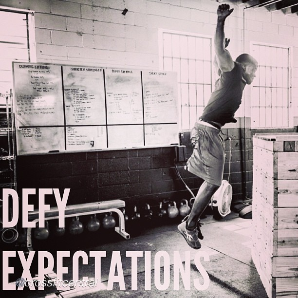 myboxlive :     by @crossfitcentral #crossfit #myboxlive     3 rounds 500m row 12 body weight deadlift 21 box jumps 14:31