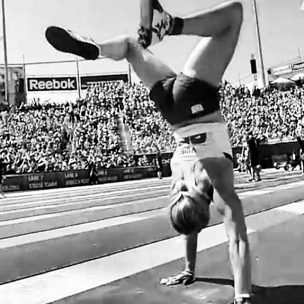 myboxlive :     @beccavoigt #crossfitgames #crossfit #myboxlive #cfgamesmyboxlive     3 rounds for time 400m run 30 push ups 10 90lb sumo deadlift high pull