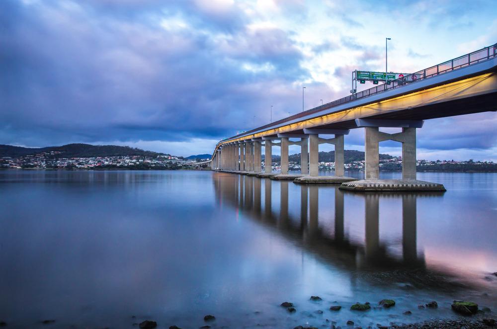 Derwent Bridge at Sunset - 20sec @ f11 - ISO400