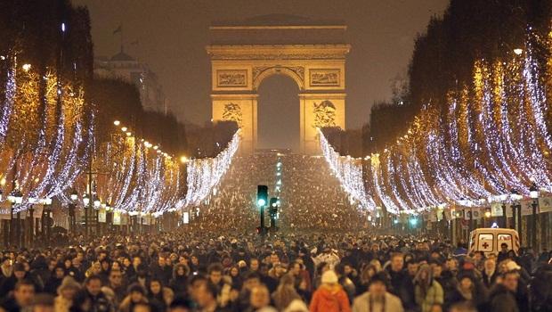 new-years-eve-paris.jpg