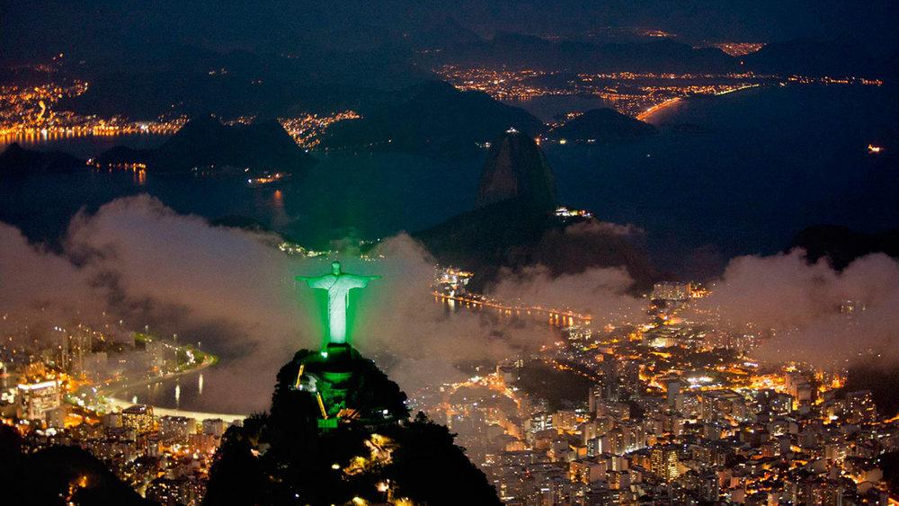 Christ-Statue-Brazil-Photos.jpg