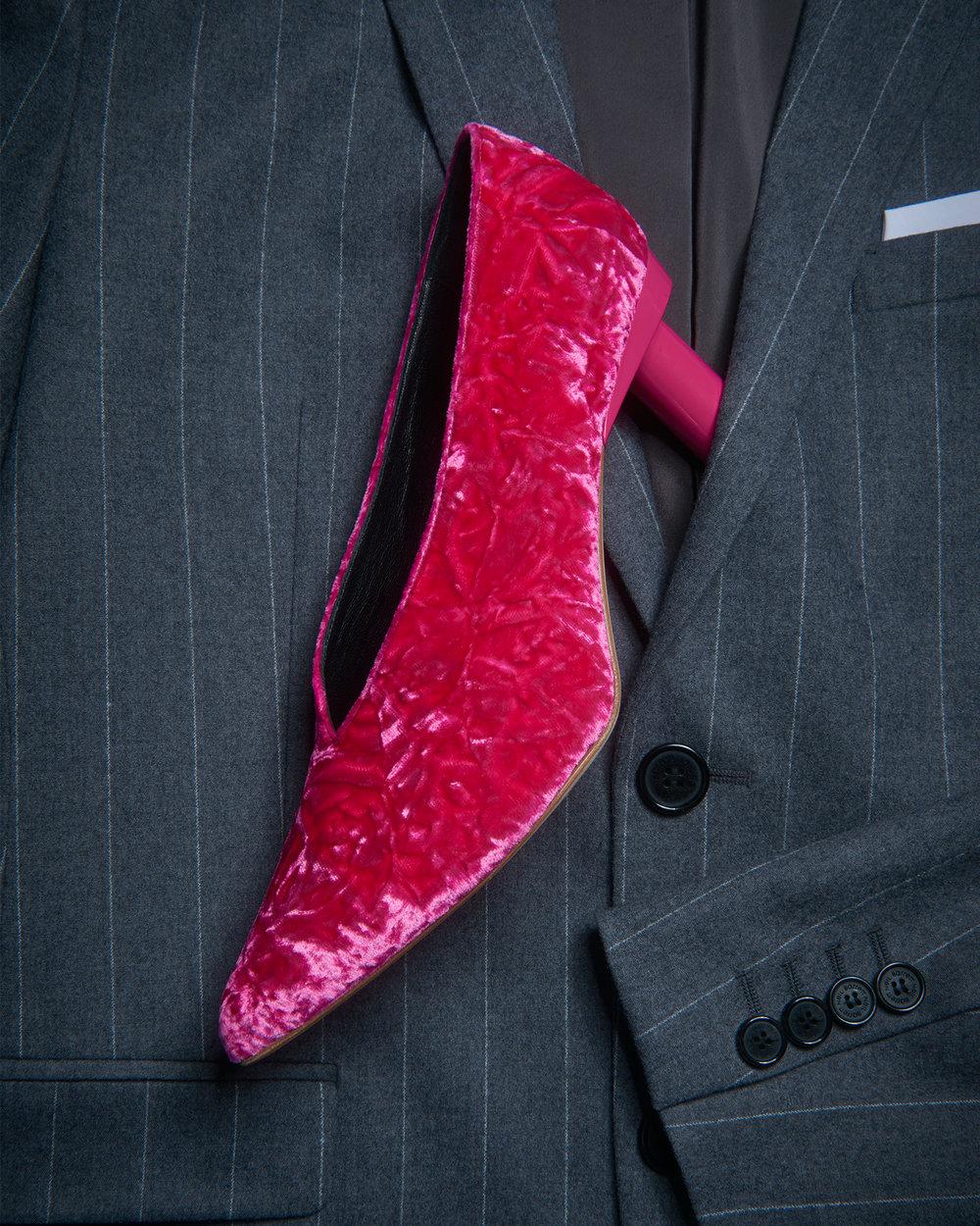Shoe w suit 1 v1.jpg
