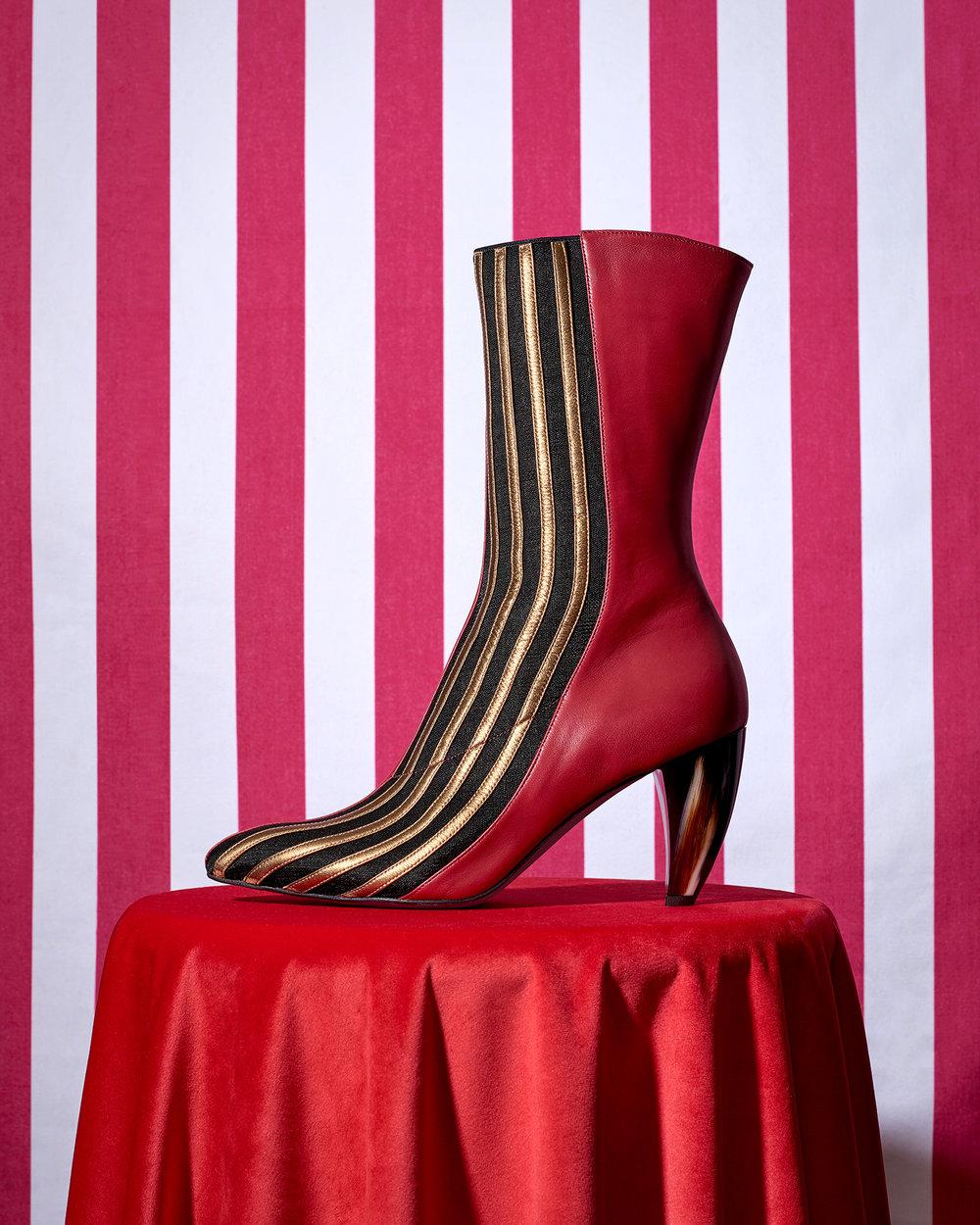 Thierry Rabotin Circus 1 v1 b copy.jpg