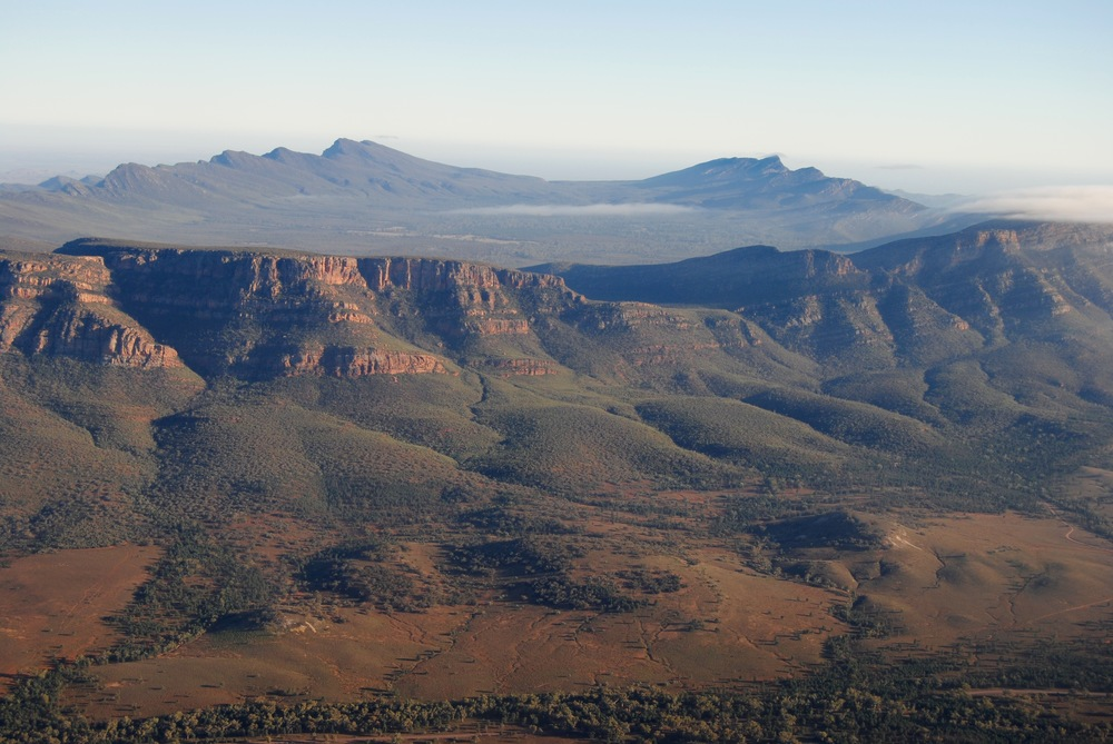 Wilpena Pound - Scenic Flight Over the Pound