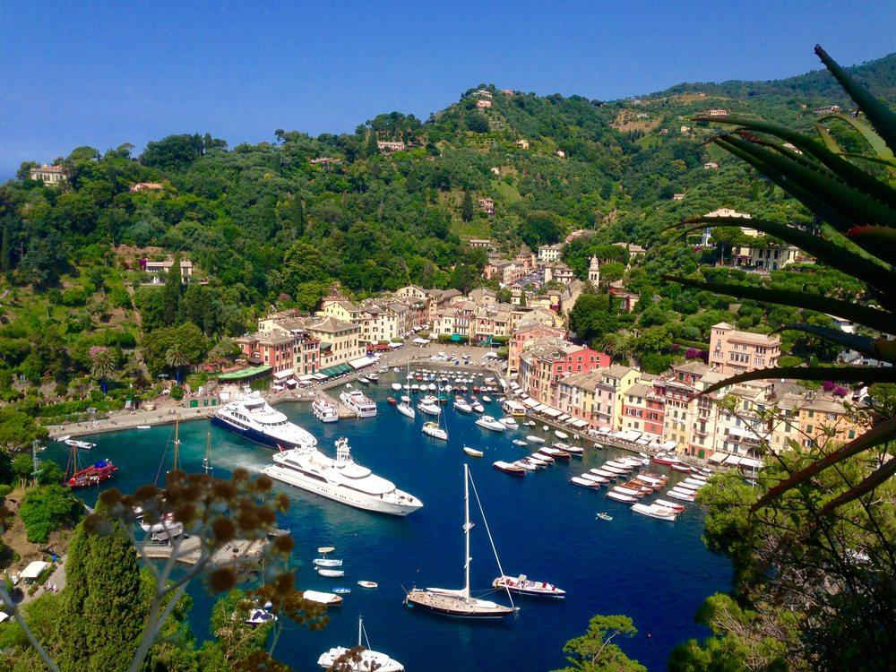 The beautiful Portofino Bay: View from Castello BRown