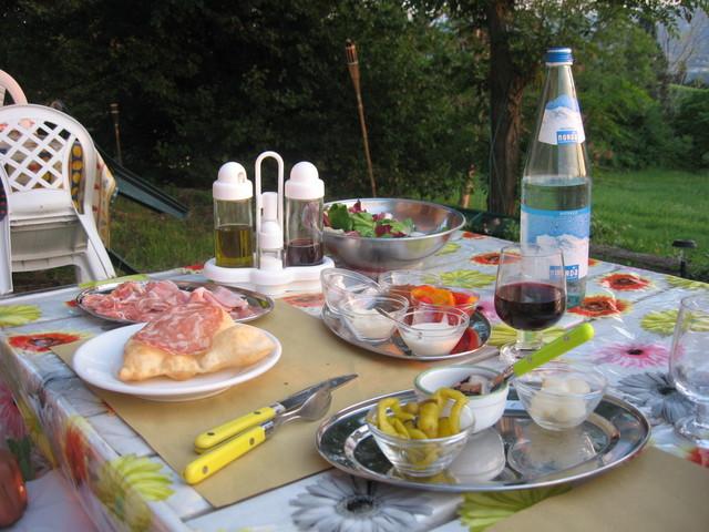 Bolonga - Feast