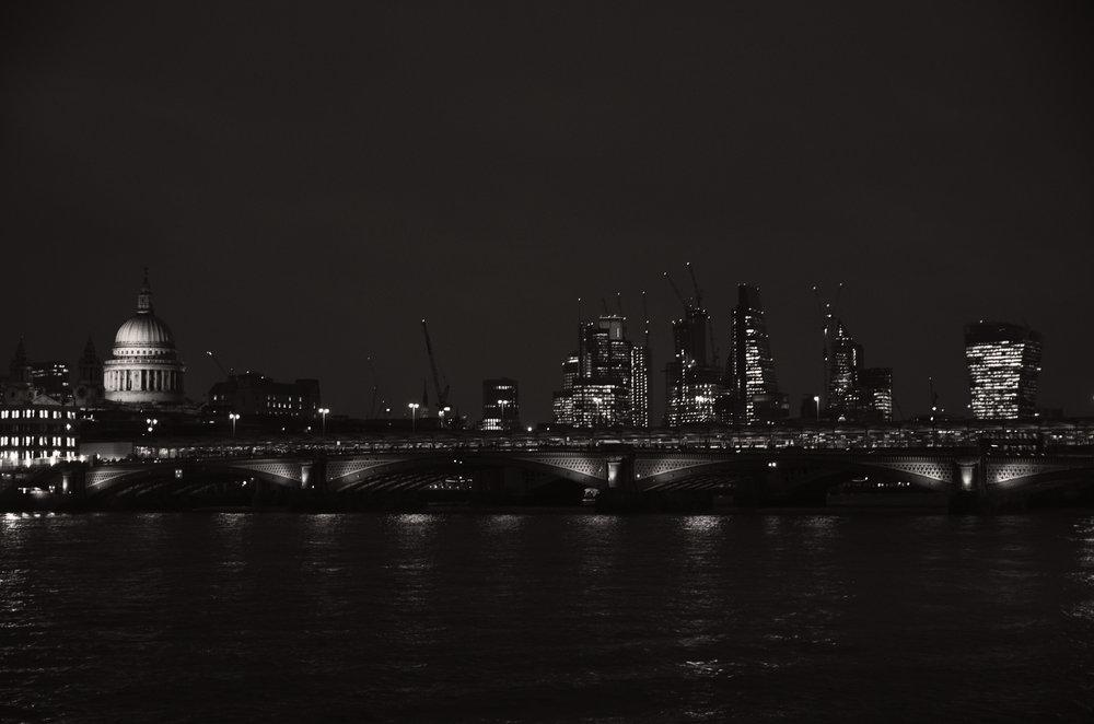 London Nocturnal Skyline