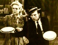 buster-keaton-pie-throwing1-200x154.jpg