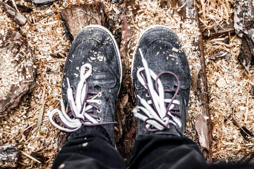 bossfight-free-stock-images-high-resolution-photos-photography-creative-commons-zero-shoes-woodchips.jpg