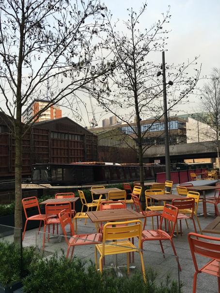 cafe on the canal at Paddington station