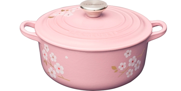 Cherry blossom patterned Le Creuset available in Japan