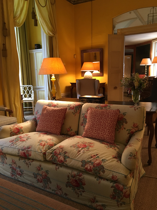 The Yellow Room at Colefax and Fowler taken by Isla Simpson