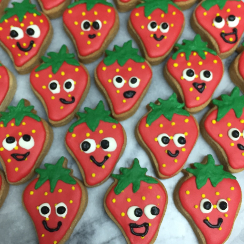 strawberry faces zoom.jpg