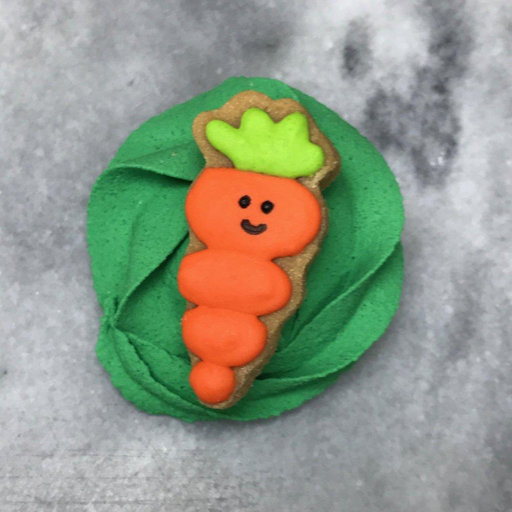 Carrot on green.jpg