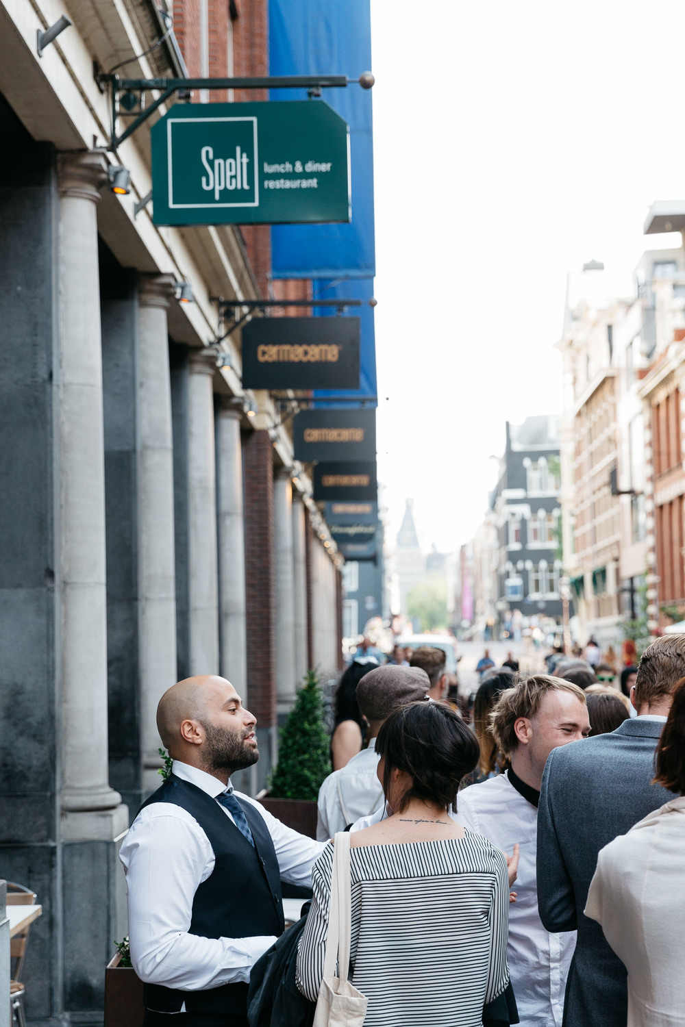 Wedding-Esther-and-Simon-by-On-a-hazy-morning-Amsterdam-386.jpg