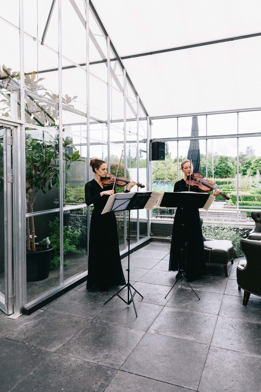 Urban-green-greenhouse-wedding-Ilina-and-james-restaurant-De-Kas-Amsterdam-by-On-a-hazy-morning-36.jpg