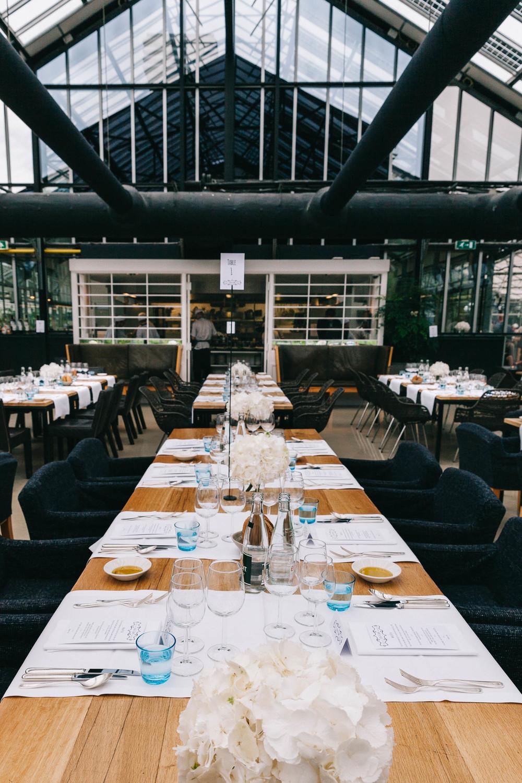 Urban-green-greenhouse-wedding-Ilina-and-james-restaurant-De-Kas-Amsterdam-by-On-a-hazy-morning-94.jpg