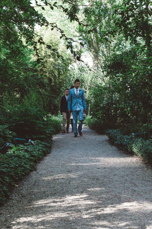 Wedding-photography-trouwfotografie-huwelijksfotograaf-Hortus-Botanicus-Amsterdam-On-a-hazy-morning-9.jpg