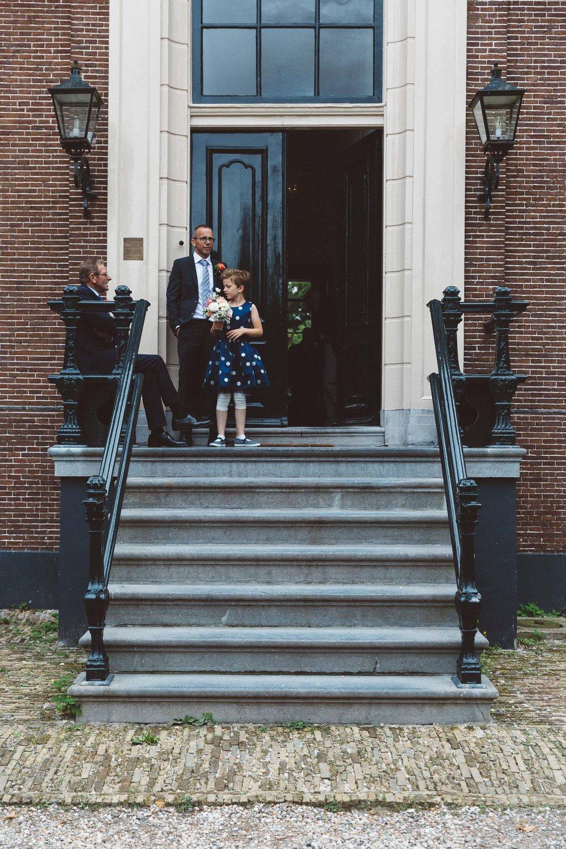Wedding-huwelijk-trouwen-bruiloft-photography-fotografie-fotograaf-photographer-Huize-Frankendael-On-a-hazy-morning-Amsterdam-The-Netherlands-21.jpg