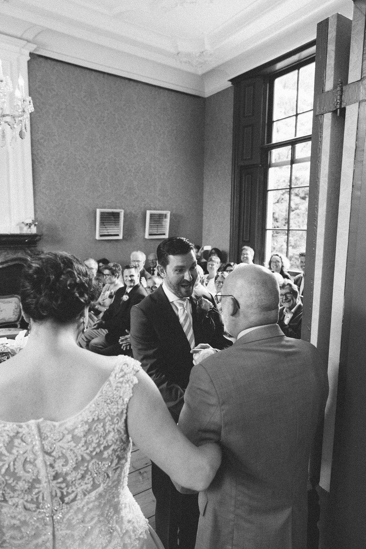Wedding-huwelijk-trouwen-bruiloft-photography-fotografie-fotograaf-photographer-Huize-Frankendael-On-a-hazy-morning-Amsterdam-The-Netherlands-50.jpg