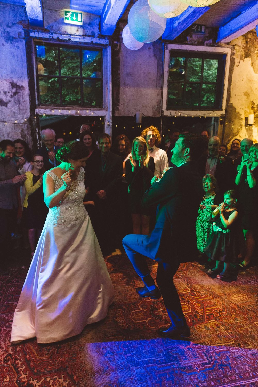 Wedding-huwelijk-trouwen-bruiloft-photography-fotografie-fotograaf-photographer-Huize-Frankendael-On-a-hazy-morning-Amsterdam-The-Netherlands-39.jpg