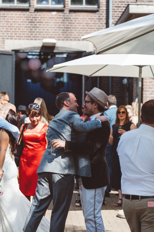 Wedding-Francesca-and-Nathan-photography-On-a-hazy-morning-Amsterdam167.jpg