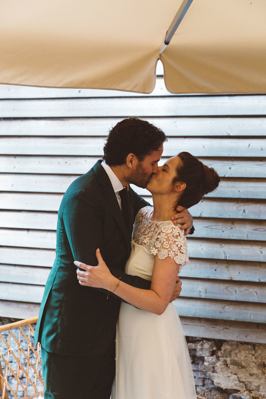 Backyard-wedding-Bruiloft-Annemiek-David-fotografie-photography-On-a-hazy-morning-Amsterdam-The-Netherlands218.jpg