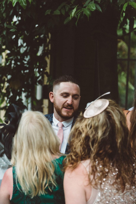 Wedding-Bethan-and-Mike-Hortus-Botanicus-photography-On-a-hazy-morning-Amsterdam021.jpg
